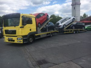 Autotransport in Mettmann. Beispiel eines Autotransports